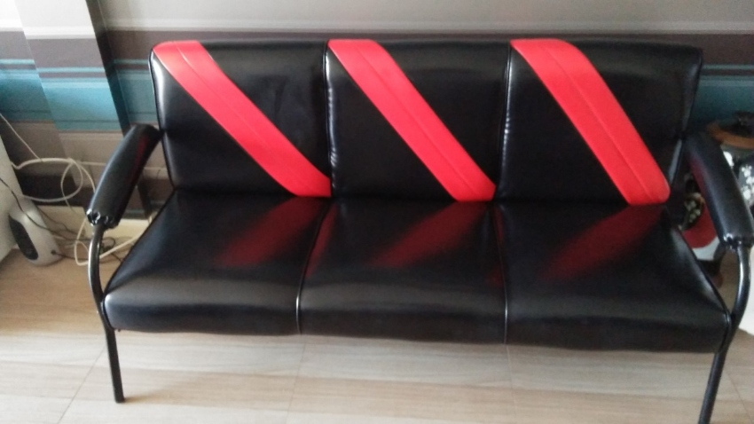 Beautiful brand new 3 seater reception sofa .