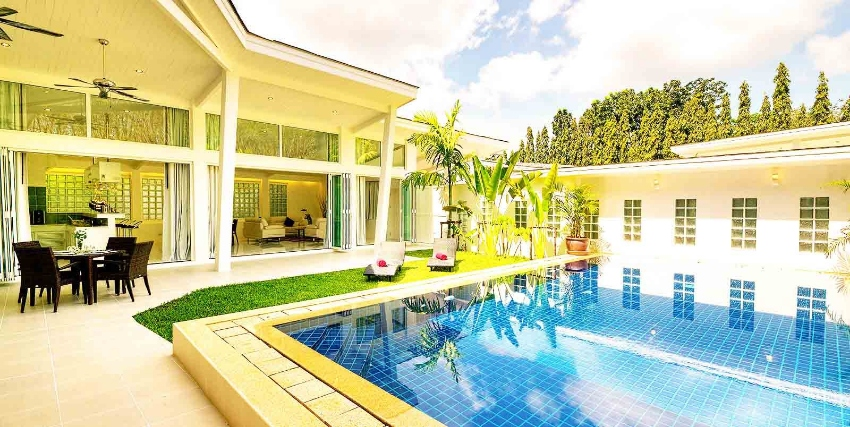 Modern Tropical 3 Beds Pool Villa Phuket