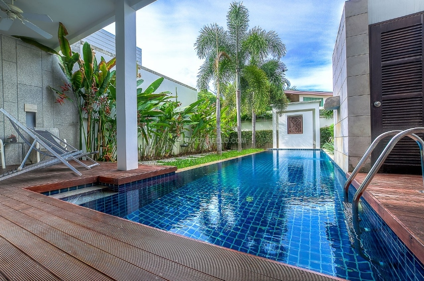 3 bedrooms Villa Blossom near Bang Tao Beach for rent