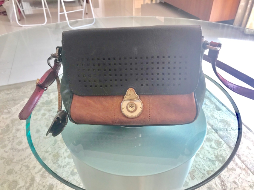 PAUL SMITH original bag with keys - ฿4200 (PHUKET)