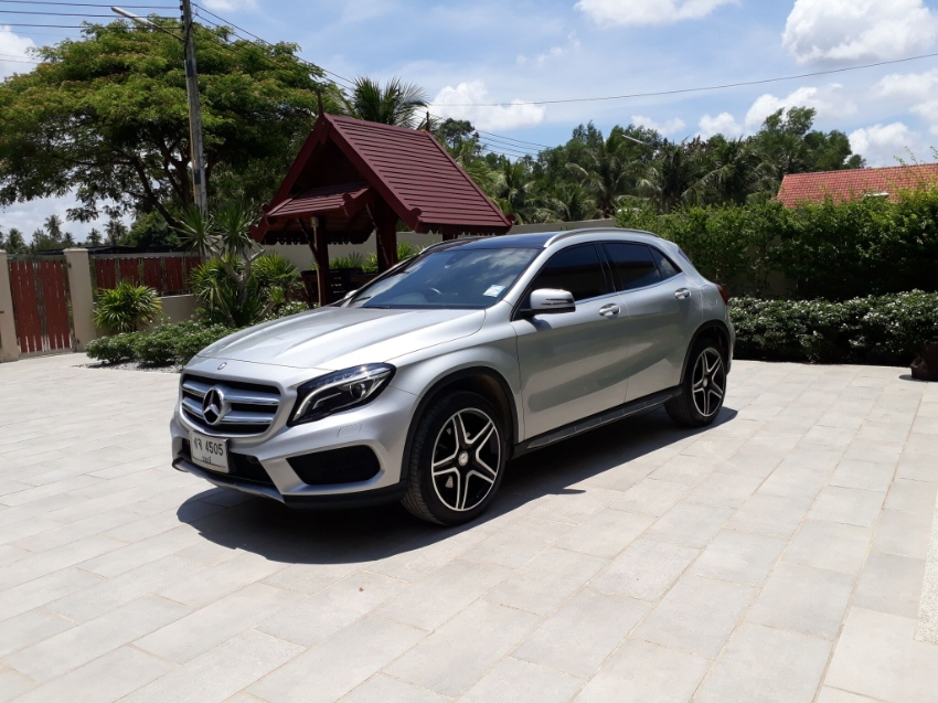 SAVE 800,000 BHAT! AS NEW MERCEDESE GLA 250 AMG