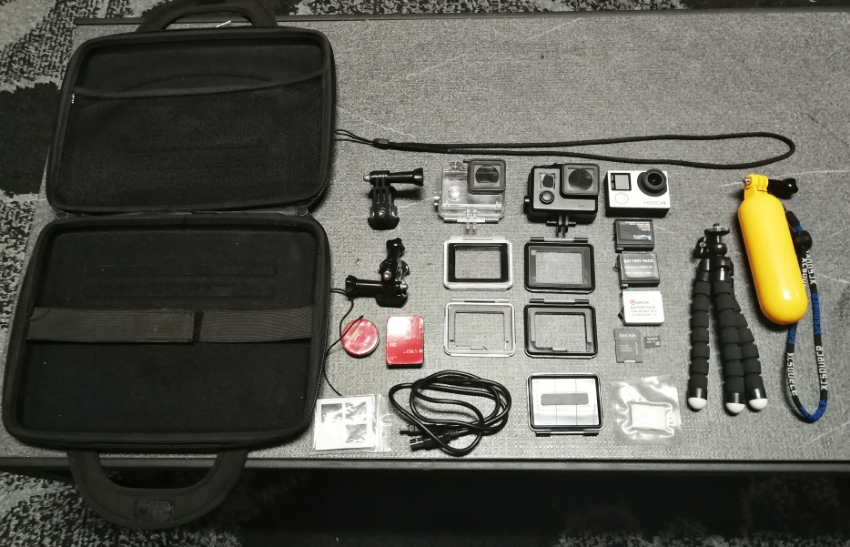 GOPRO Hero 4 silver + accessories