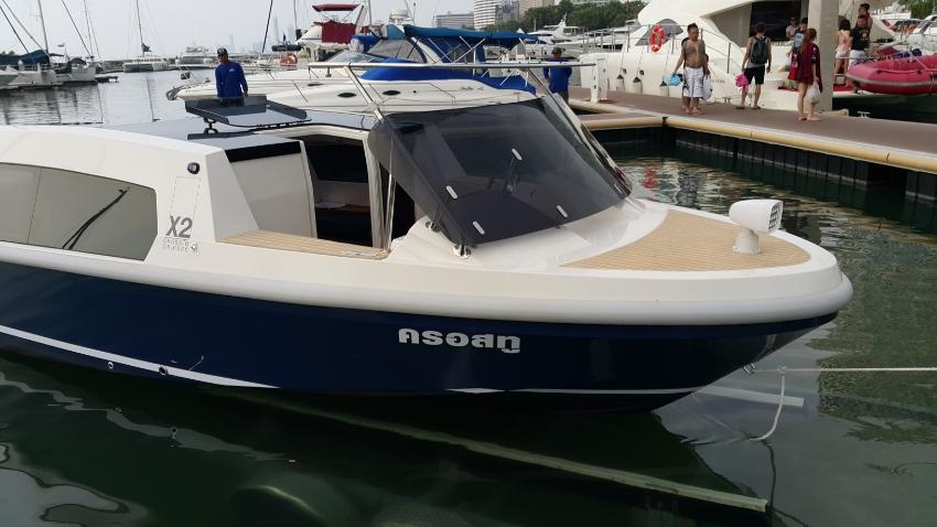 2016 Custom Limo Taxi Boat