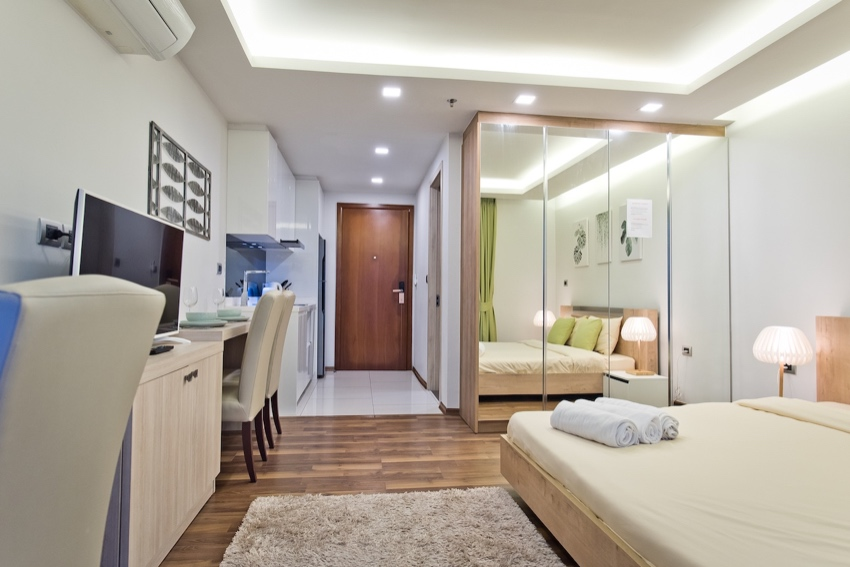 The Peak Towers – Studios & 1 Beds for Rent!