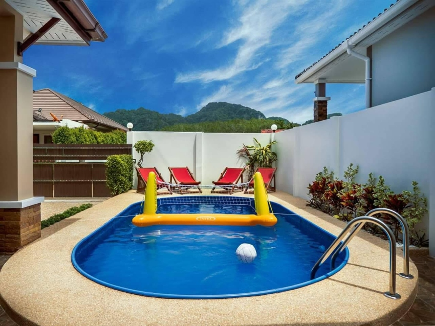 Time for a Swimming Pool?We have the hottest deals...