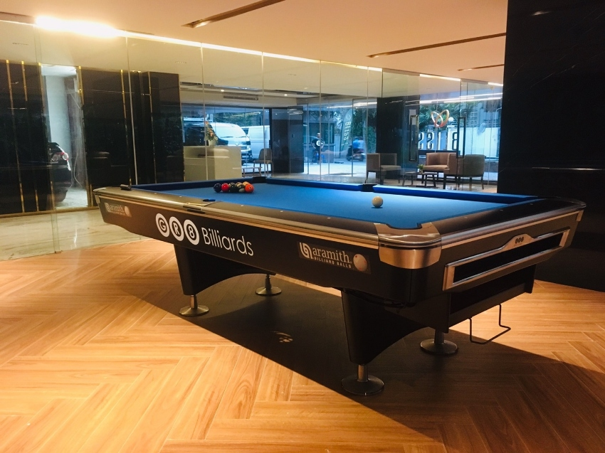 Pool table 8,9 ft Model Terminator By Bangkok pool tables