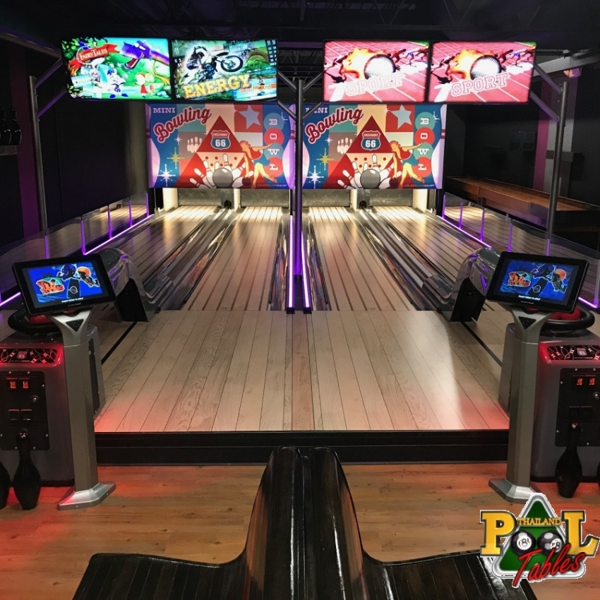 Qubica AMF Highway 66 Mini Bowling Lanes