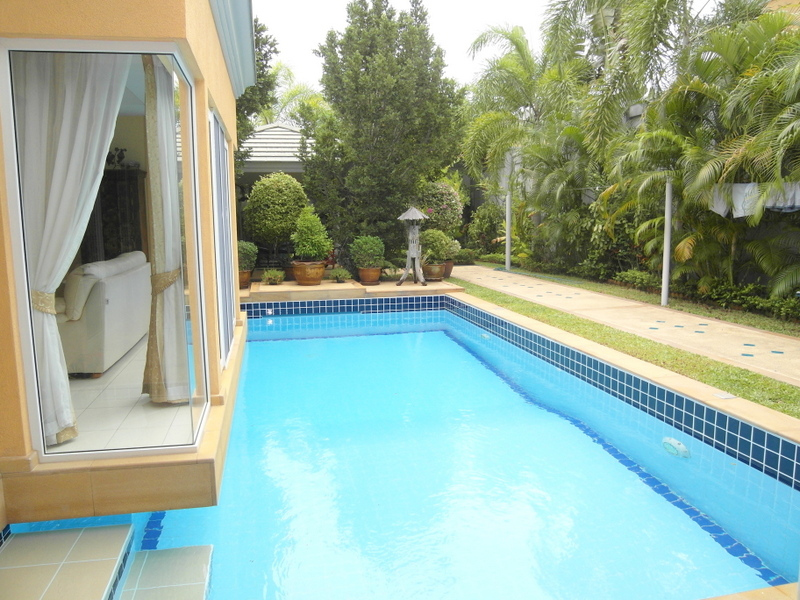 Siam Royal View: Luxury 2 bedrom pool-villa for Sale