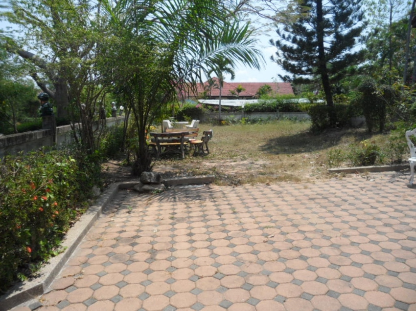 Large 3 Bed House, on 300+ Twah for Sale