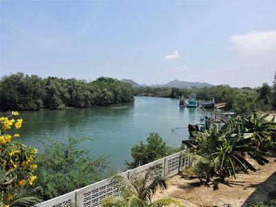 Awesome! Pranburi River 2 BR 2 Bath Teak Home 1-2-77 Rai Plot