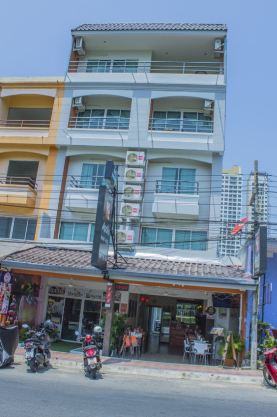 Hotel For Sale Nearby Walking Street