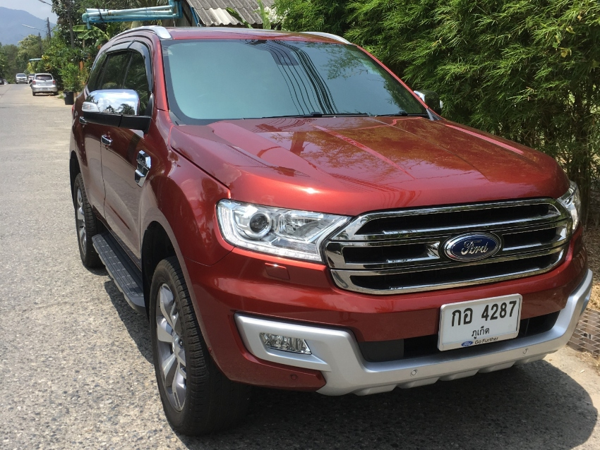 Ford Everest, 3.2L, Titanium+, As New 6800km, Accident free