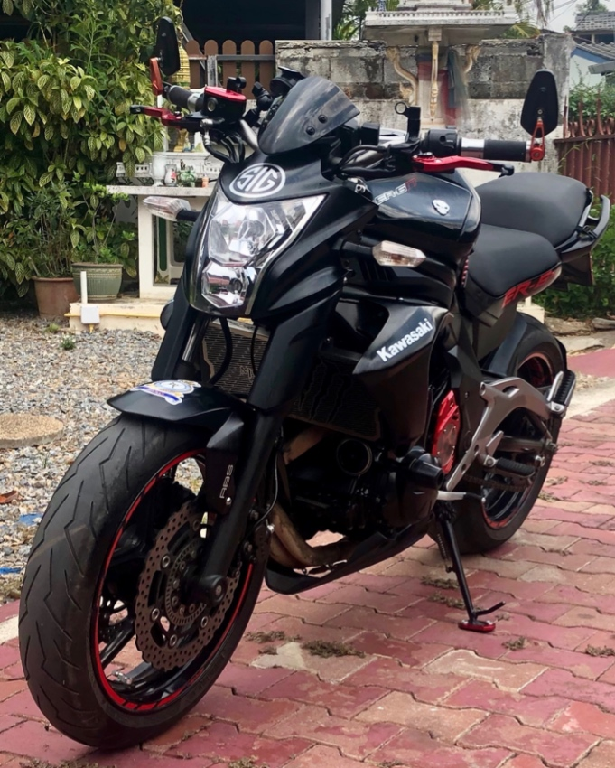 Kawasaki ER-6n 2012 (Model year 2013) LOW MILEAGE