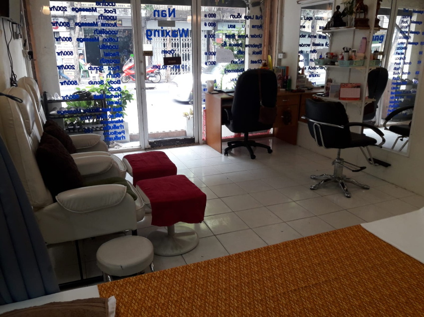 Salon and Massage shop for sale Saphan Khwai