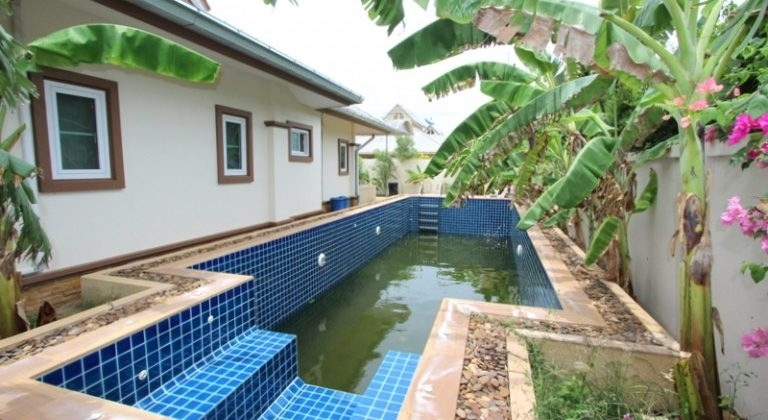 3 Bedroom large 12x5x2m Pool villa