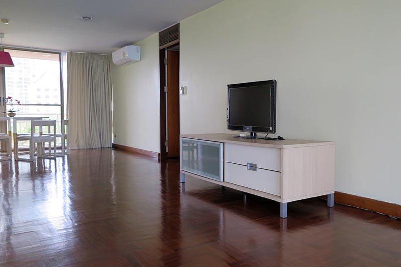 Wongamat Beachfront 3 Bedroom, 3 Bathroom + Maids Quarters