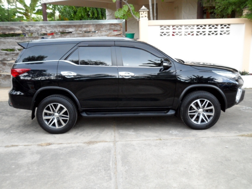 Our beautiful black Toyota Fortuner for sale, latest model 2.8 aut.