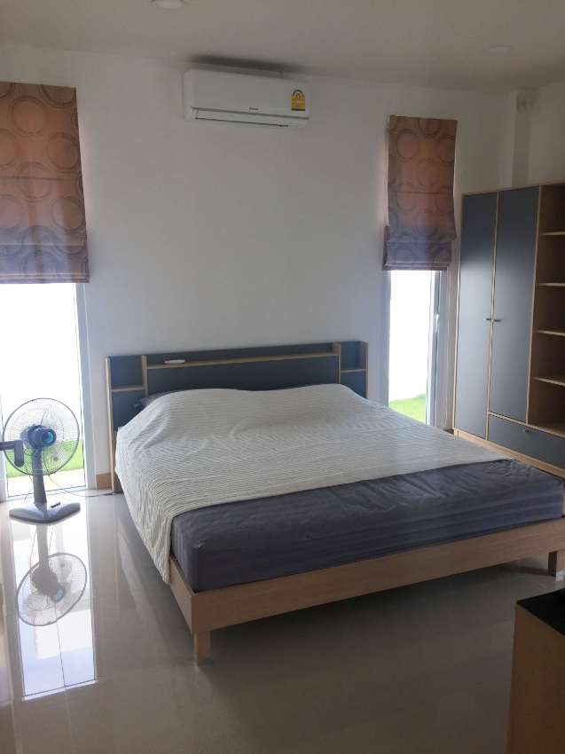 Modern 2br Pool Villa well located, entrance to luxury sport camp free