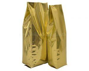 คุณกำลังมองหาถุงเป้าเสื้อกางเกงด้านพลาสติก