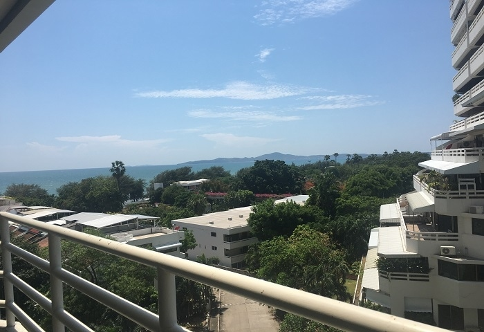 CR1785  View Talay 5C, studio for rent