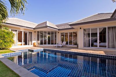 2 bedrooms pool villa Koh Samui for sale 150 m from beach