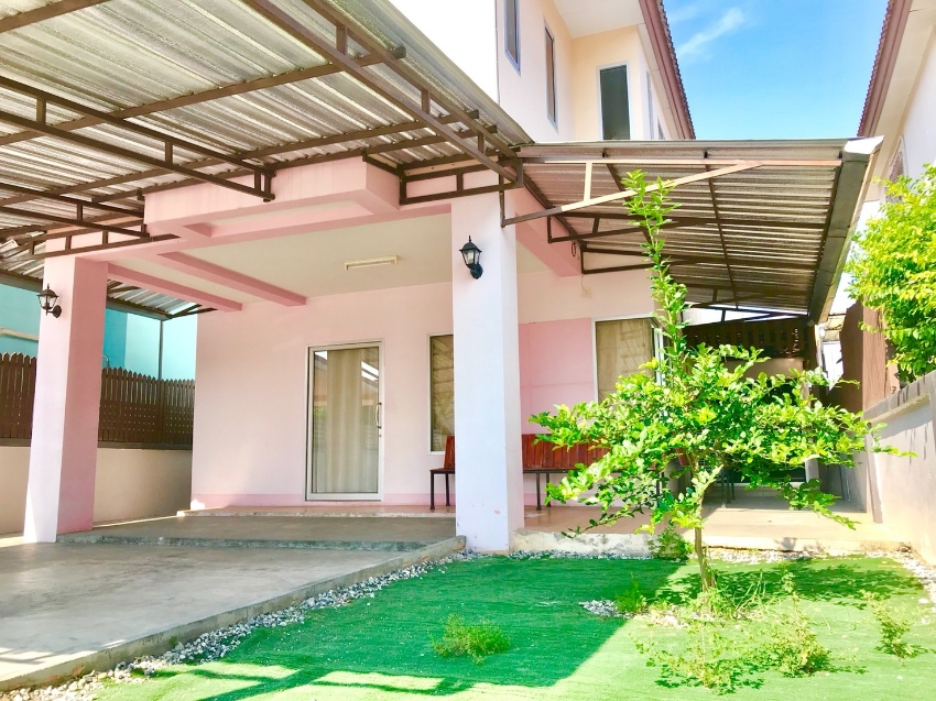 Detached House For Rent, Hometown Sriracha Village near J-Park