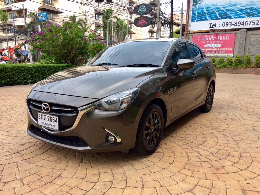 Mazda 2 1.3 high plus 2016