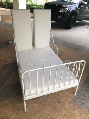 IKEA kids extendable bed