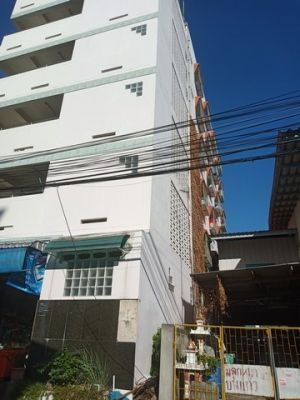 For Sales - 6 storey Apt near Bangpli Housing Estate - 7% yield