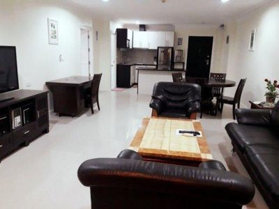 102 Sqm, 1 Bedroom Condo, Thepprasit Rd
