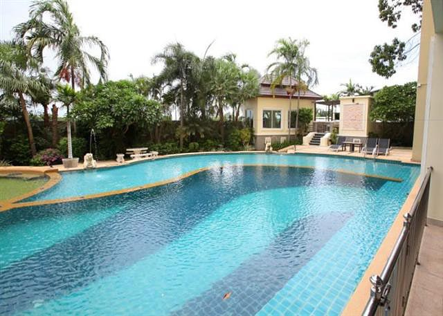 Jomtien One Bedroom Condo For Rent Or Sale