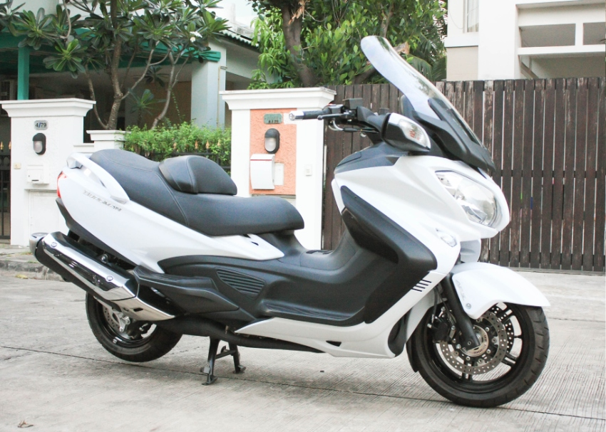 [ For Sale ] Suzuki Burgman 650 2018 only 1900km excellent condition