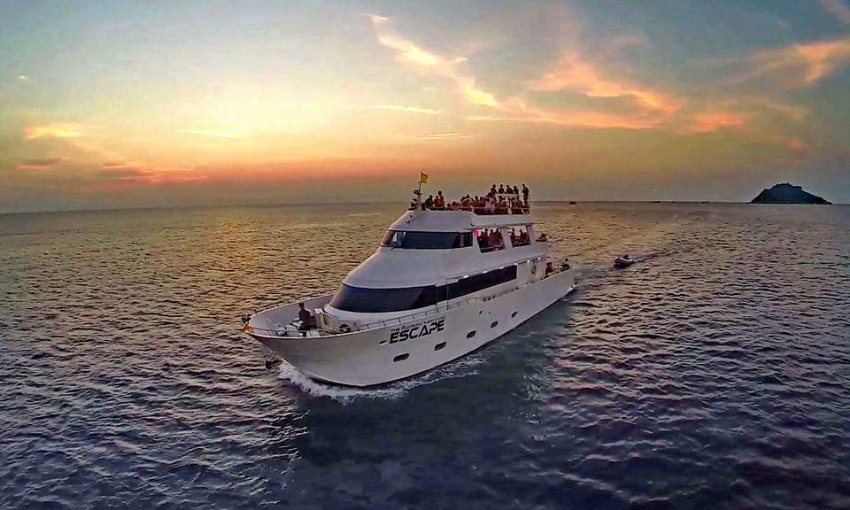 92 ft Multi-functional motor yacht for sale Licenced to 90 guests