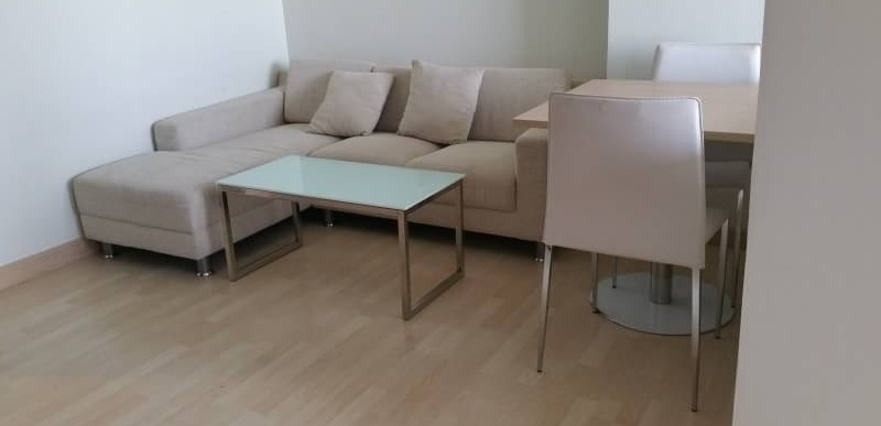 Rhythm Ratchada Luxury Condominium (CBD area)