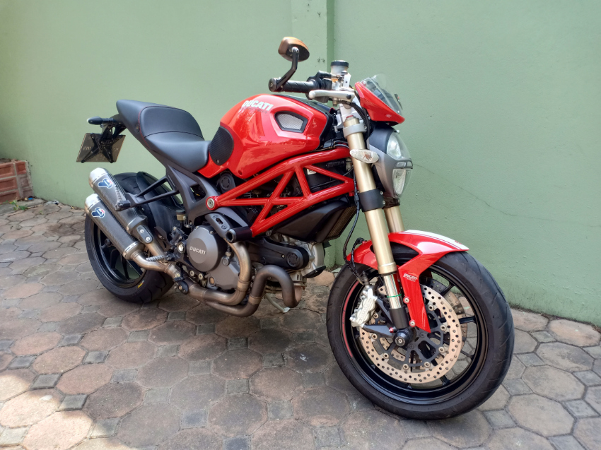 Ducati Monster 1100 Evo DP 2012