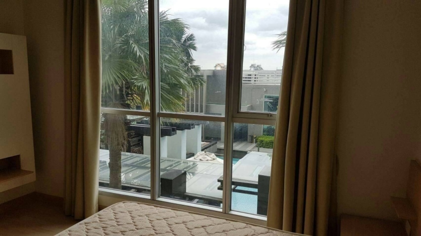 For Rent Rhythm Ratchada Condo, Pool View