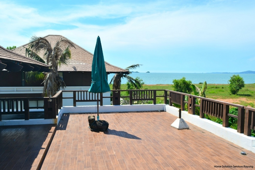 3 bedroom pool villa in Oriental Beach village. Now 8,500,000 THB!