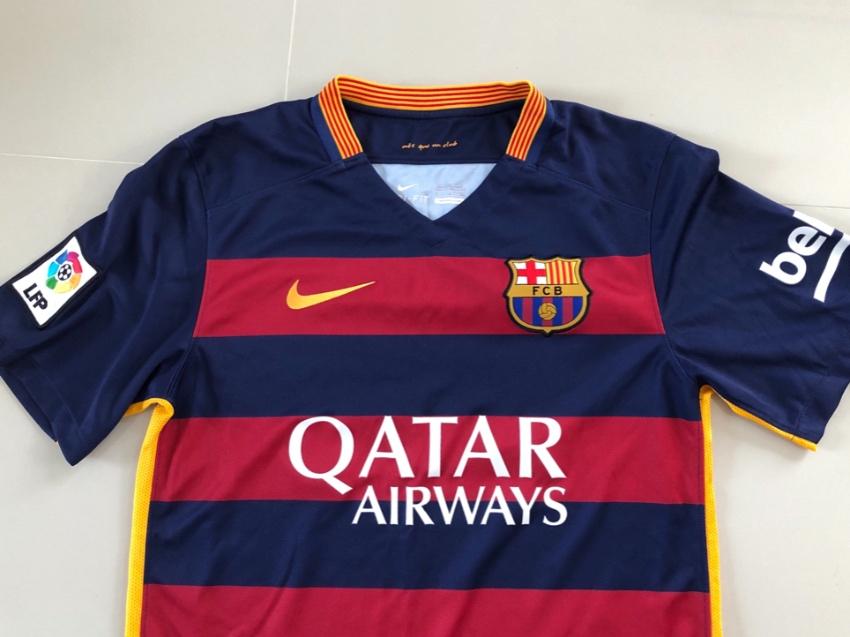 official photos b92c0 0e44b 2 Barcelona shirts original