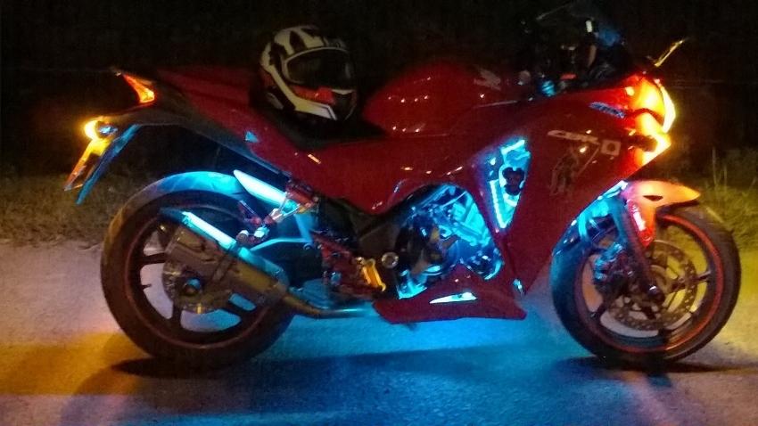 Honda CBR250RA Customized+Safty goods Present