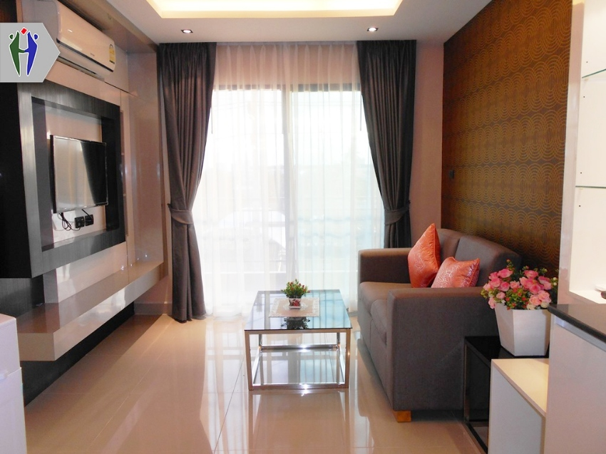 Condo for Rent  8,000 baht Close to South Pattaya