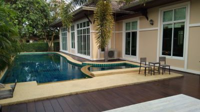 Jomtien Villa For Sale 200 meters to the beach