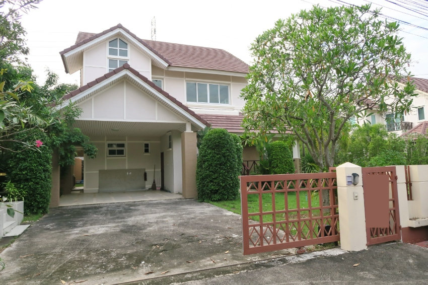 House East Pattaya For Rent