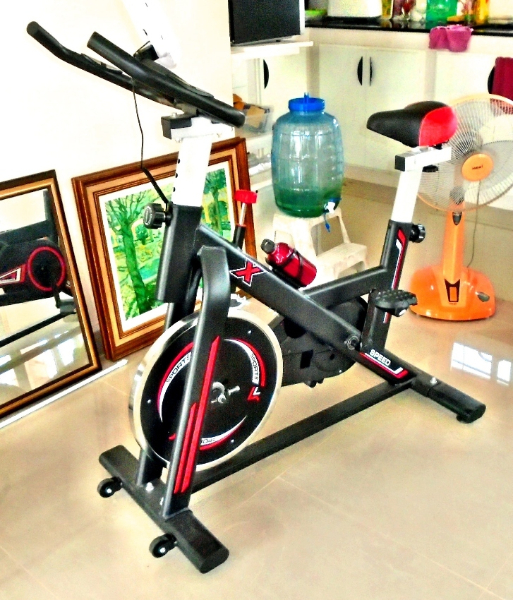 FITNESS-TRAINER - NEW and UNUSED