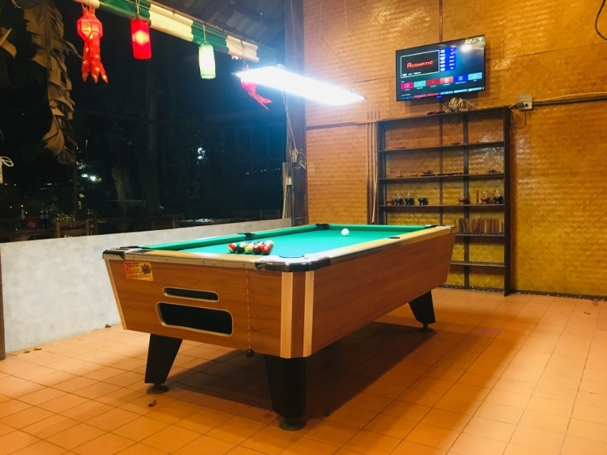 Pool table coin operate for rental