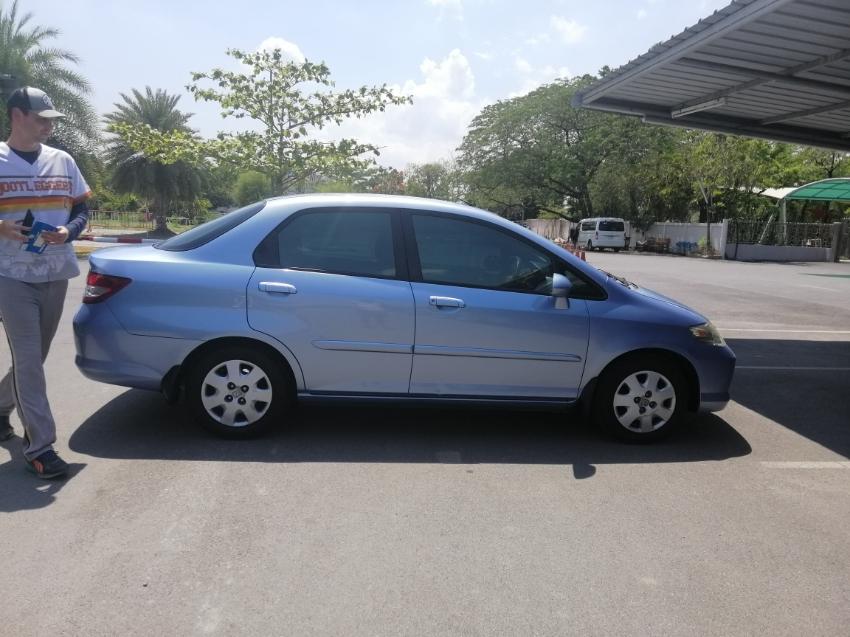 Quick sale!!!! Honda City year 2003