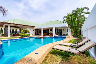 Fabulous 3 Bed villa, Zero common fees