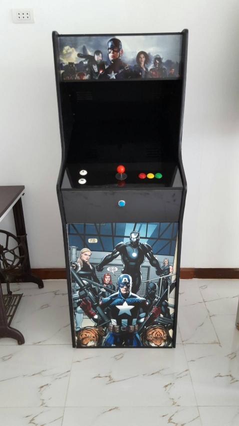 Classic arcade game console full size