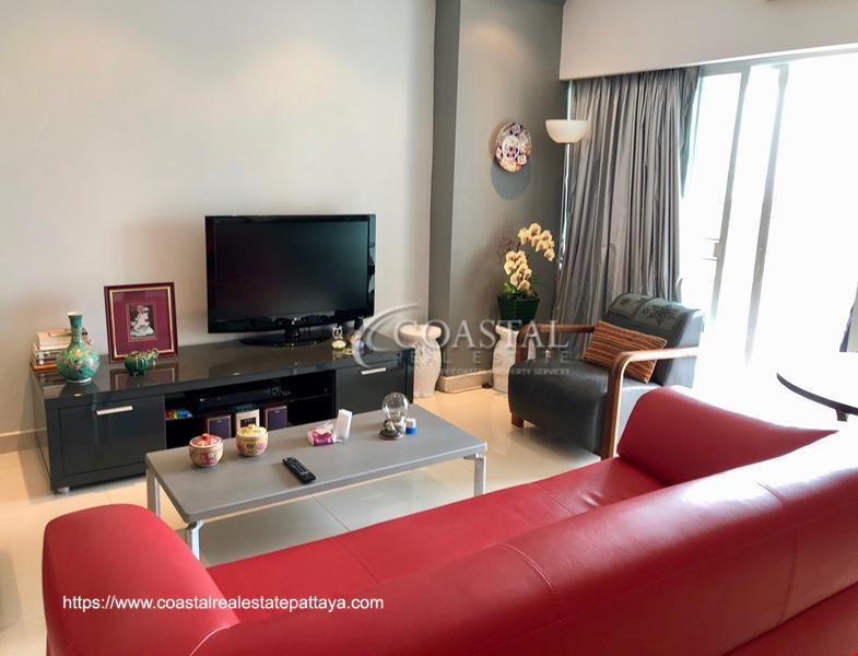 Reduced! 2 Bedroom Condo for Sale at View Talay 5D