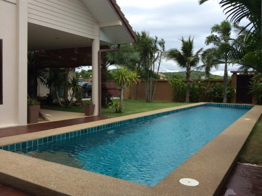 Poolside Villa close to Beach for SALE/RENT (Paknampran, Pak Nam Pran)