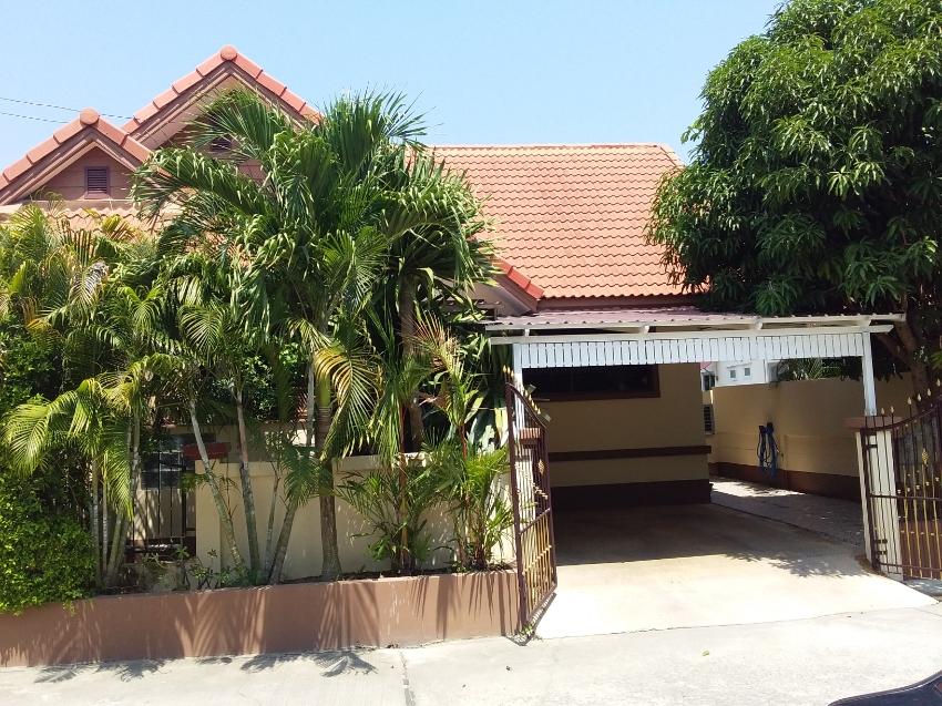 Nice 3bb poolvilla with private renovated backyardpool 7x3.